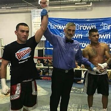 Тағы бір қазақстандық спортшы кәсіби рингте жеңіске жетті