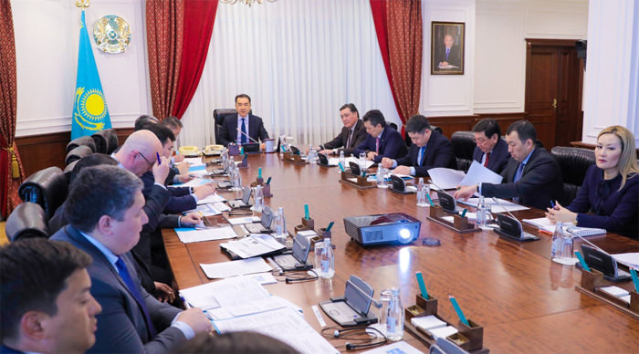 Бақытжан Сағынтаев азаматтық авиацияны дамыту мәселесі бойынша кеңес өткізді