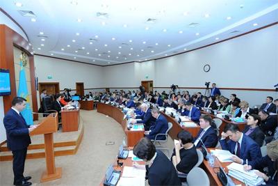 Қазақстанда бюджет тапшылығы 1 357 млрд.теңгені құрады