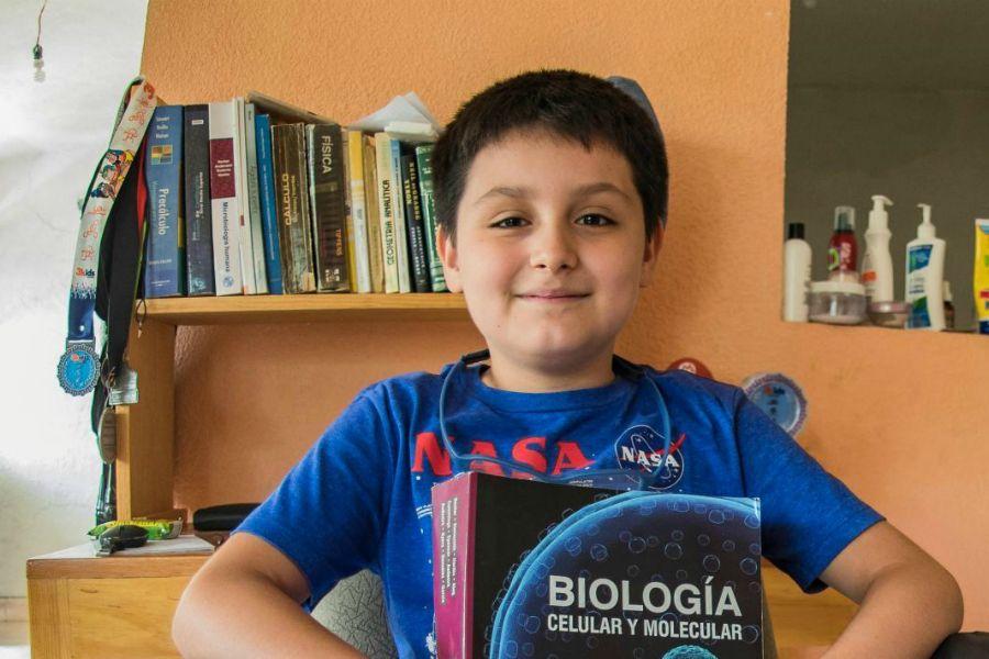 12 жастағы бала Мексикадағы ең ірі университеттің студенті атанды