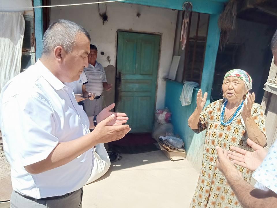 Түркістандық тұрғындар әкімге алғыс жаудырды