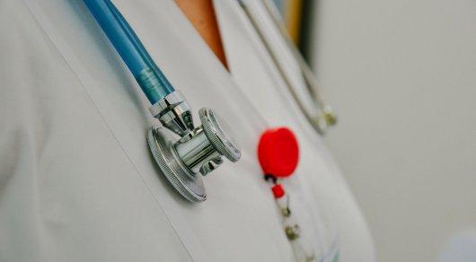 Біртанов медицина қызметкерлерінің жалақысы қалай өсетінін айтып берді