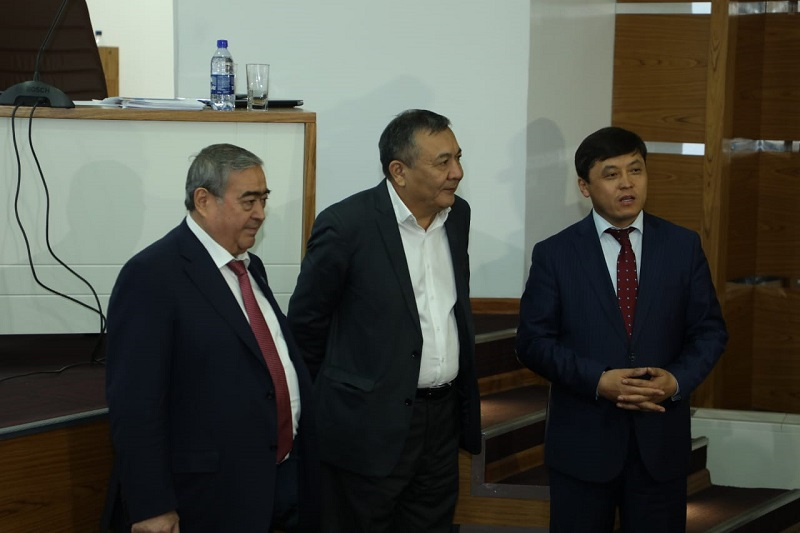 Түркістанда азаматтық форум аясында пленарлық секция өтті
