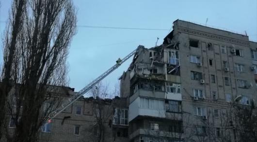 Ресейдің тағы бір қаласында көпқабатты үй қирады (видео)