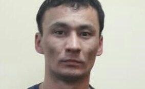 Астанада ер адам несие алған келіншекті банктен үйіне дейін аңдып, тонап кетті