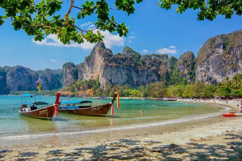 Таиланд қазақстандықтарға электронды виза береді