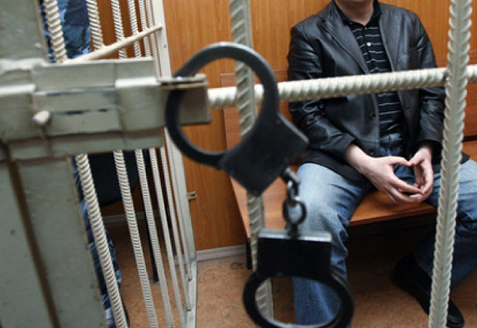 Жамбыл облысында өз әйелі мен баласын қатігездікпен өлтірген ер адам жазадан сытылып кетті