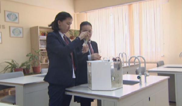 Алматылық оқушылар ғарышта өсетін өсімдік өсіріп шығарды