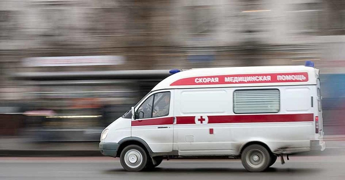 В Рудном пострадавший при пожаре пенсионер скончался в машине скорой помощи
