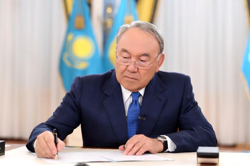 Мемлекет басшысы әскери қызметшілерді запасқа шығару туралы Жарлыққа қол қойды