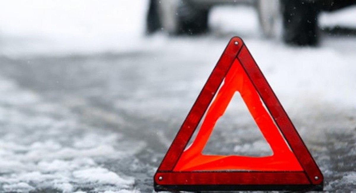 Атырау облысындағы ірі жол апатынан үш адам көз жұмып, 15 жолаушы зардап шеккен