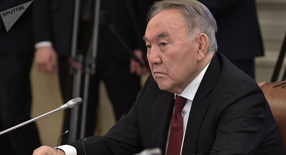 Нұрсұлтан Назарбаев тікұшақ апатынан қаза тапқандардың отбасына көңіл айтты