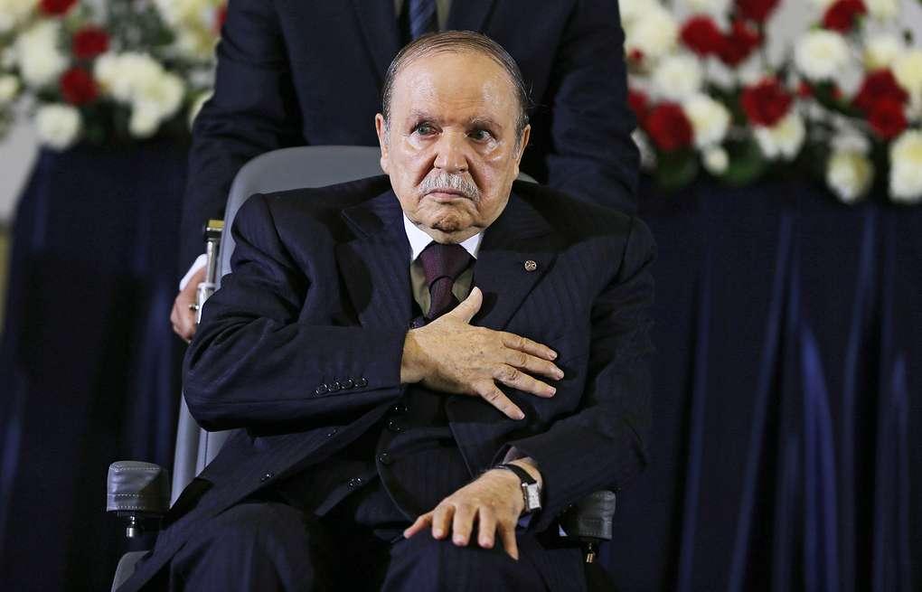 Алжир президенті отставкаға кетті