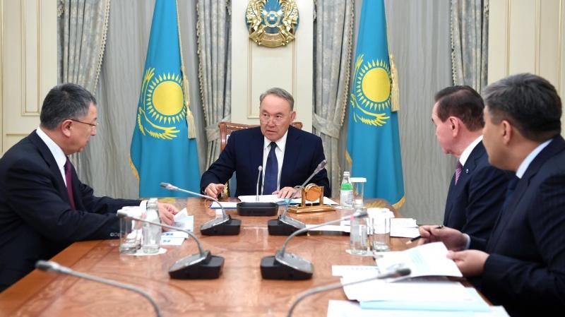 Назарбаев  Ассамблея хатшылығының меңгерушісі Жансейіт Түймебаевты қабылдады