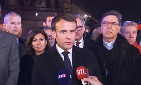 Франция президенті: Шіркеуді қайта қалпына келтіруге бар күш салынады