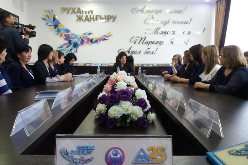 Балаларға ойлануды, ойын жеткізуді үйретуіміз керек - Күләш Шәмшидинова