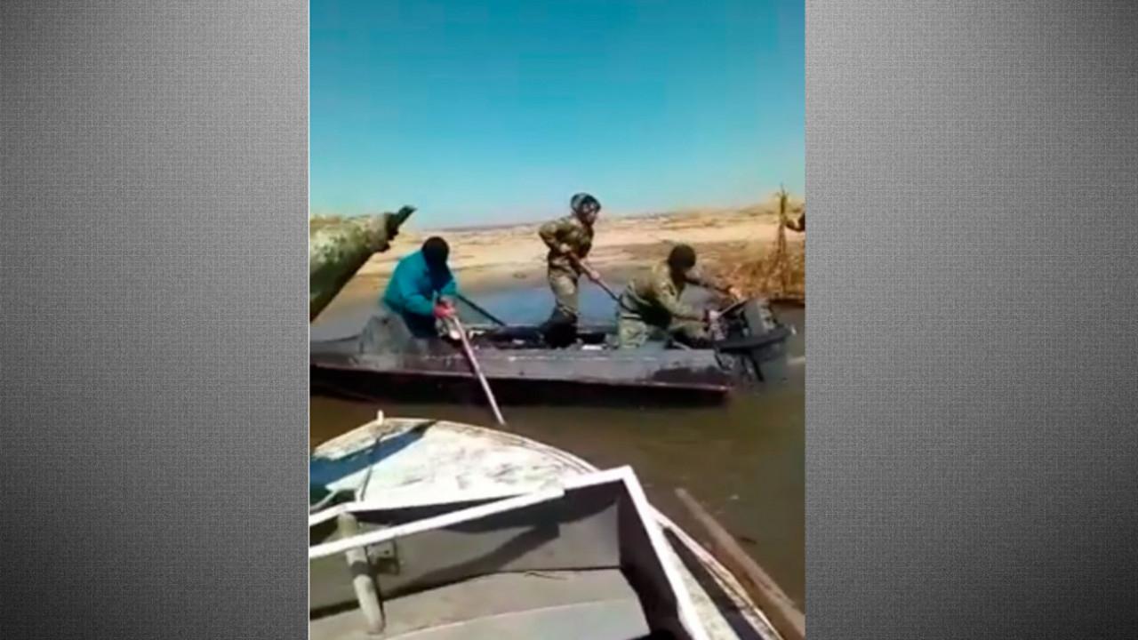 ШҚО бес қайықпен жүрген браконьерлер екі инспекторға шабуылдады (видео)