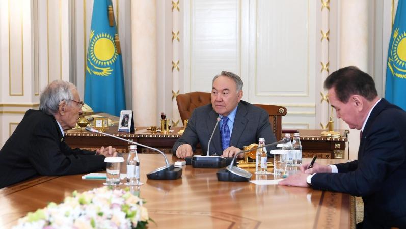 Назарбаев академик Серік Қирабаевты қабылдады