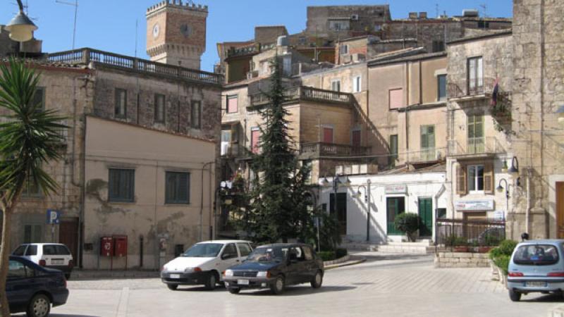 Италияда жүздеген үй 1 еуродан сатылып жатыр