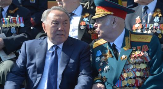 Нұрсұлтан Назарбаев Мәскеудегі Жеңіс шеруіне келді
