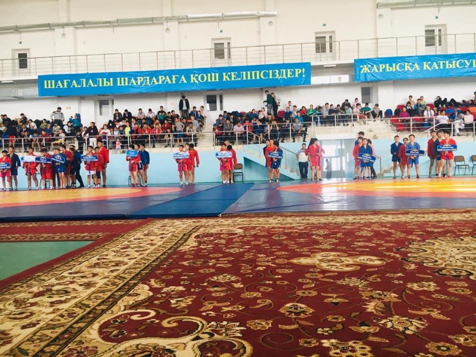 Самбо күресінен Түркістан облысы чемпионаты өз мәресіне жетті