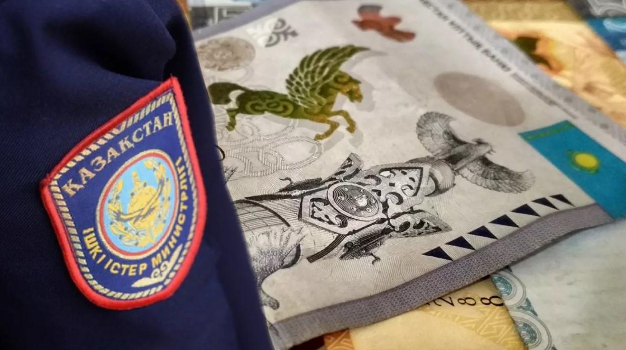 ТҮРКІСТАН: Полиция бөлімі бастығының орынбасары пара беріп қолға түсті