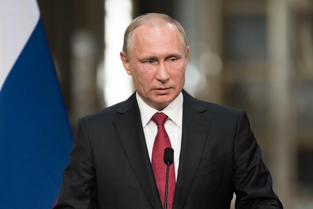 Халық В. Путинге оғаш сұрақтар қойып, ыңғайсыз жағдайға қалдырды