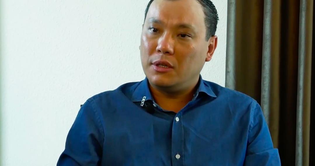 Асылбек Еңсепов  АҚШ-тағы өмірі, өнерін ысыруға себеп болған бизнесі жайлы айтты (видео)