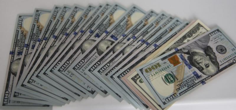 Биржада доллар мен еуро қымбаттап жатыр