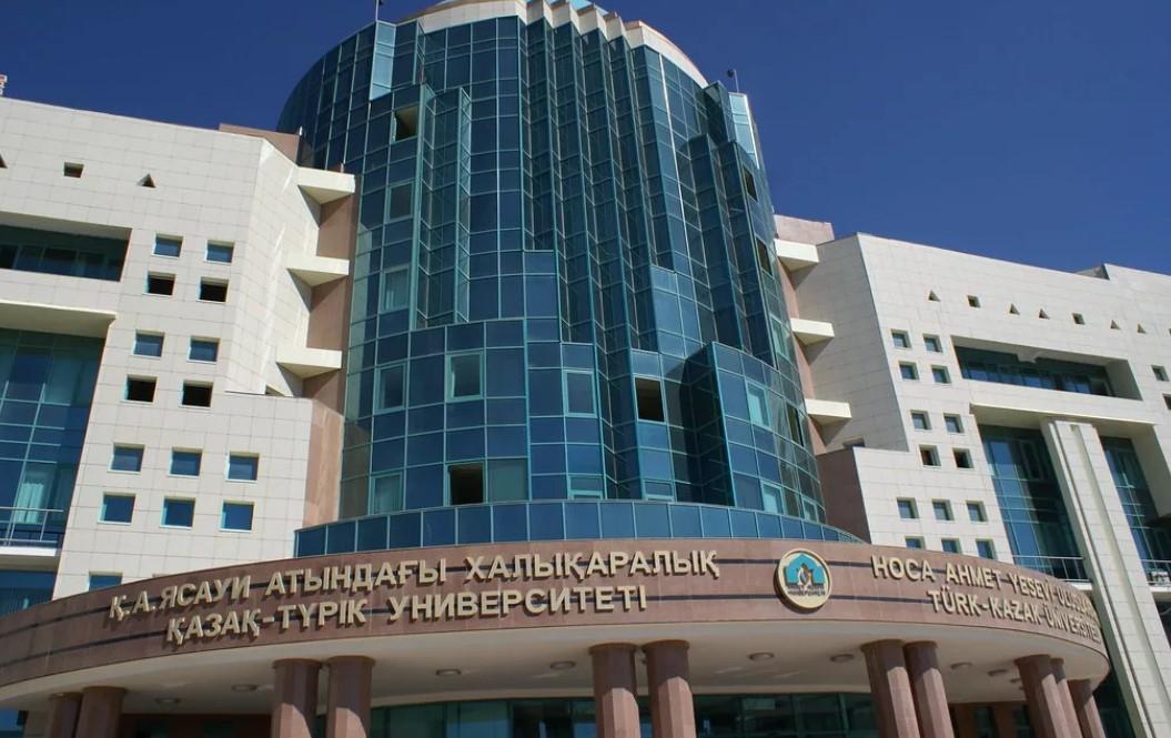 Түркістандағы жоғары оқу орны түлектерге 500 грант бөлді
