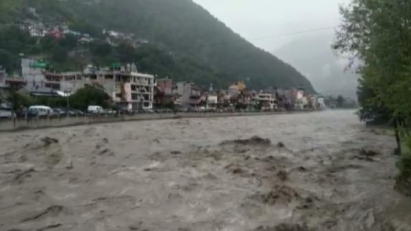 Үндістанның Химачал-Прадеш штатында су тасқынынан 18 адам қаза тапты