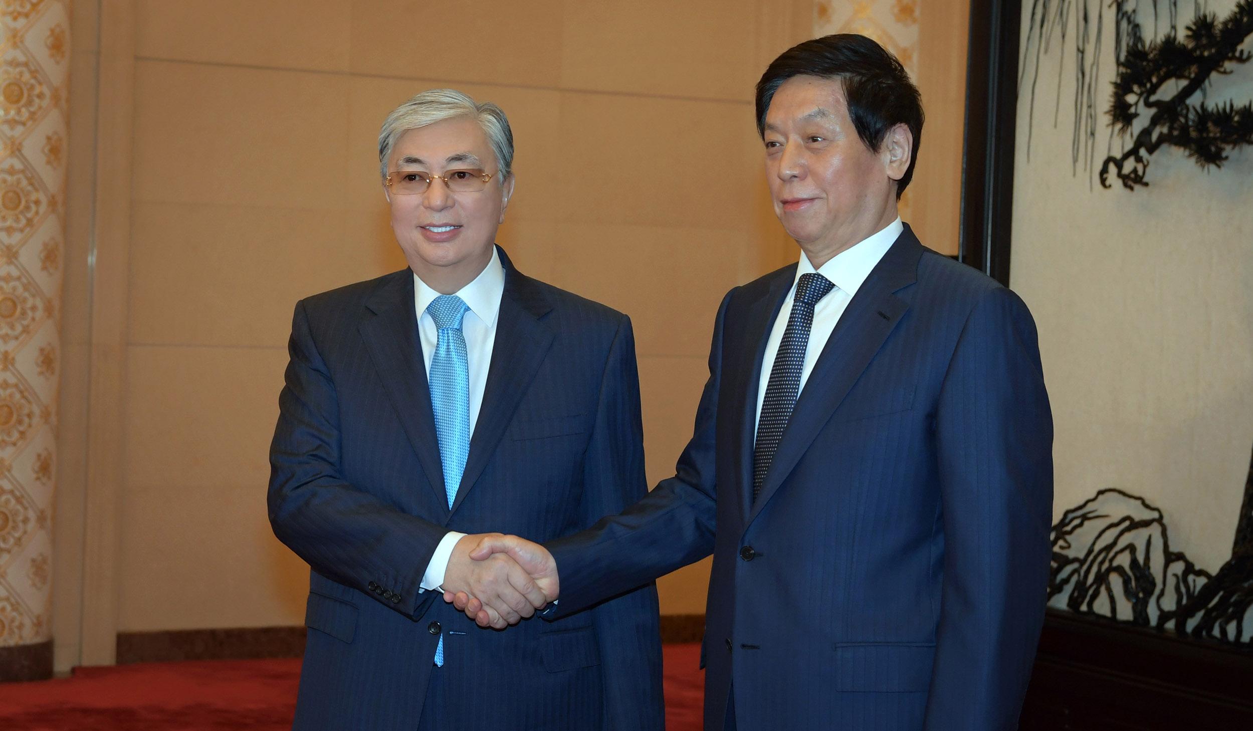 Қазақстан -Қытай қарым-қатынасы жаңа тарихи кезеңге өтті – Ли Чжаньшу
