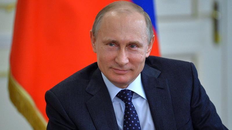 Лос-Анджелесте белгісіз біреу Путинді әуеден құттықтады (видео)