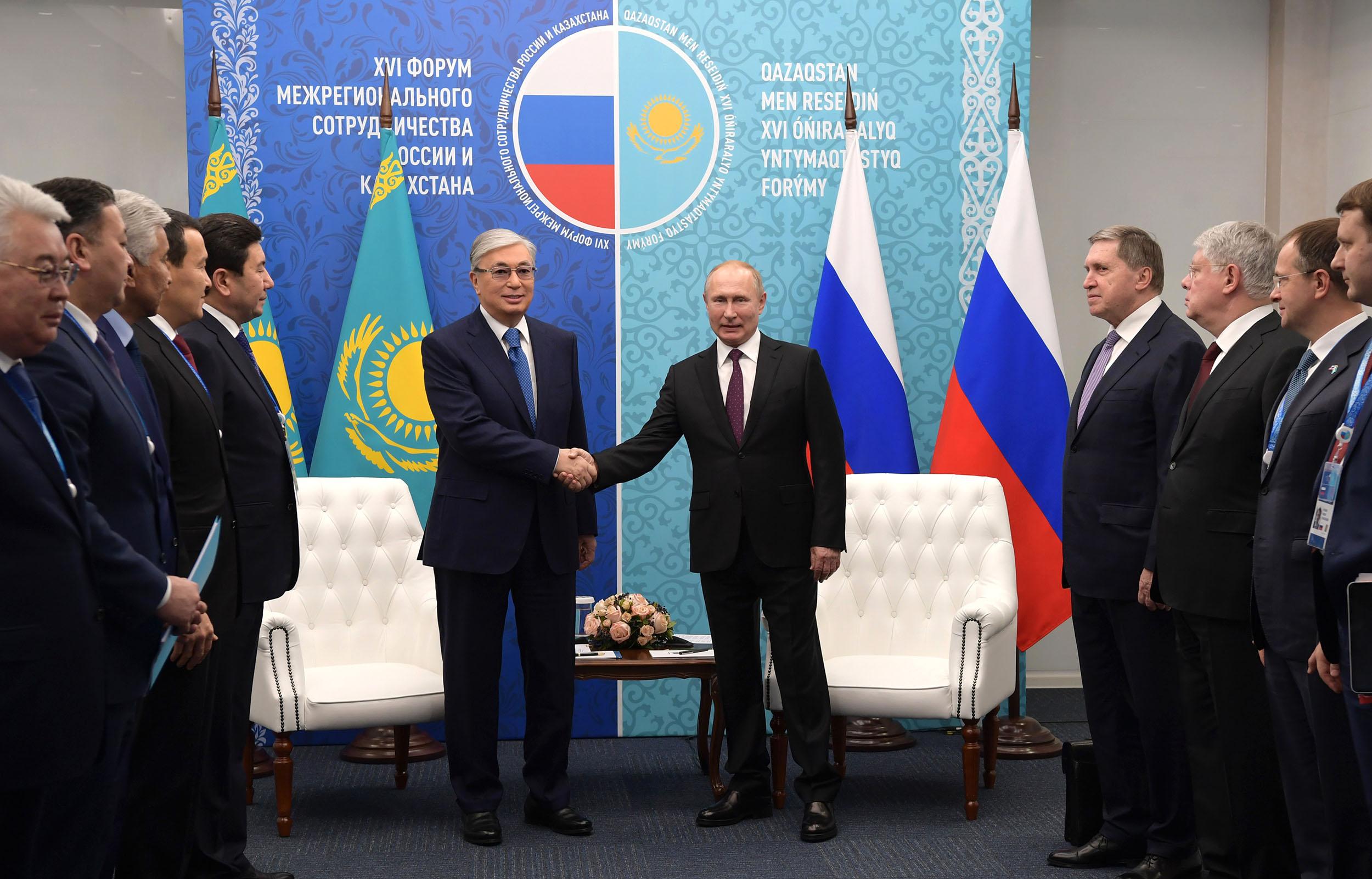 Қасым-Жомарт Тоқаев Владимир Путинмен кездесті