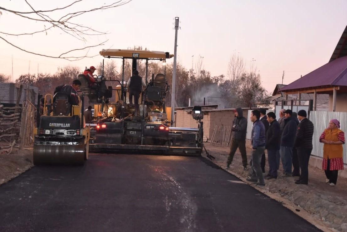 ТҮРКІСТАН: Жетісай ауданы Жаңа ауыл округінің жолдары жаңарып жатыр