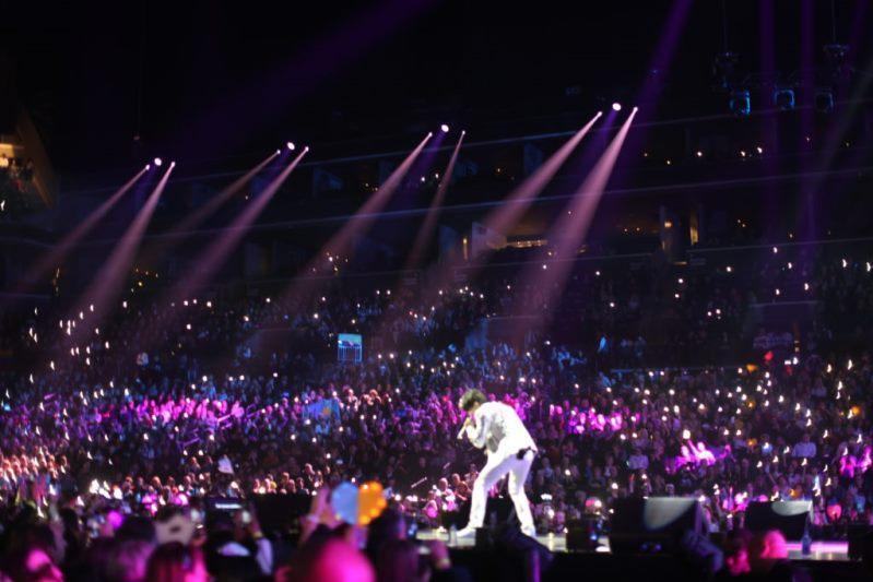 Димаштың Нью-Йорктегі концерті қалай өтіп жатыр (фото)