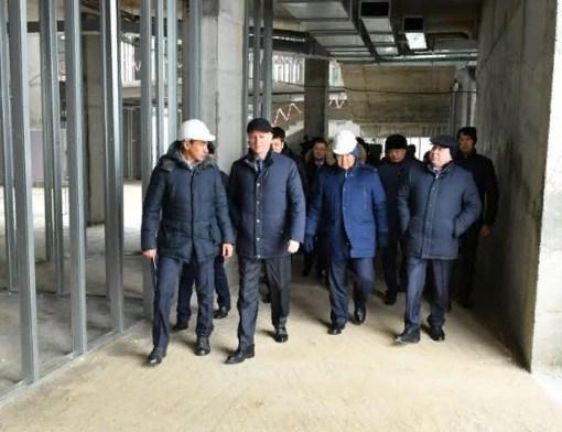 Үкімет басшысының орынбасары Роман Скляр Түркістандағы құрылыс нысандарын аралады