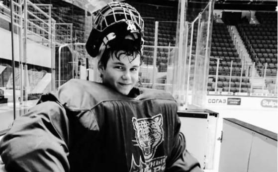 Қазақстандық 18 жастағы хоккейші қайтыс болды