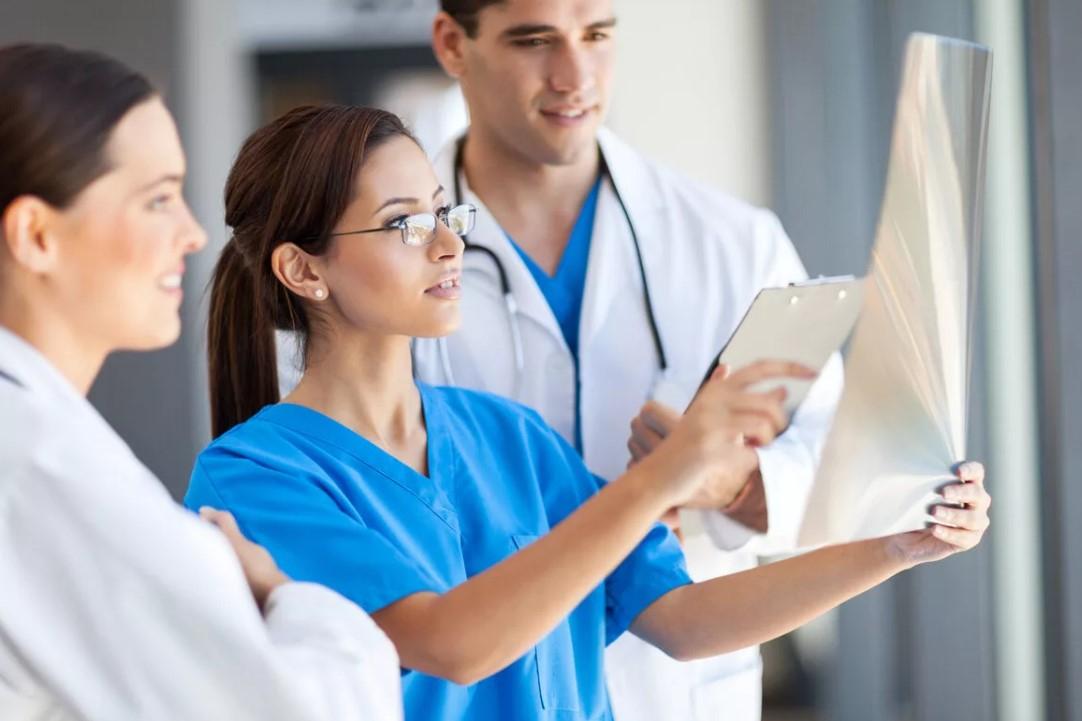 Шымкенттік мыңнан астам медицина қызметкері шетелде біліктілігін арттырады