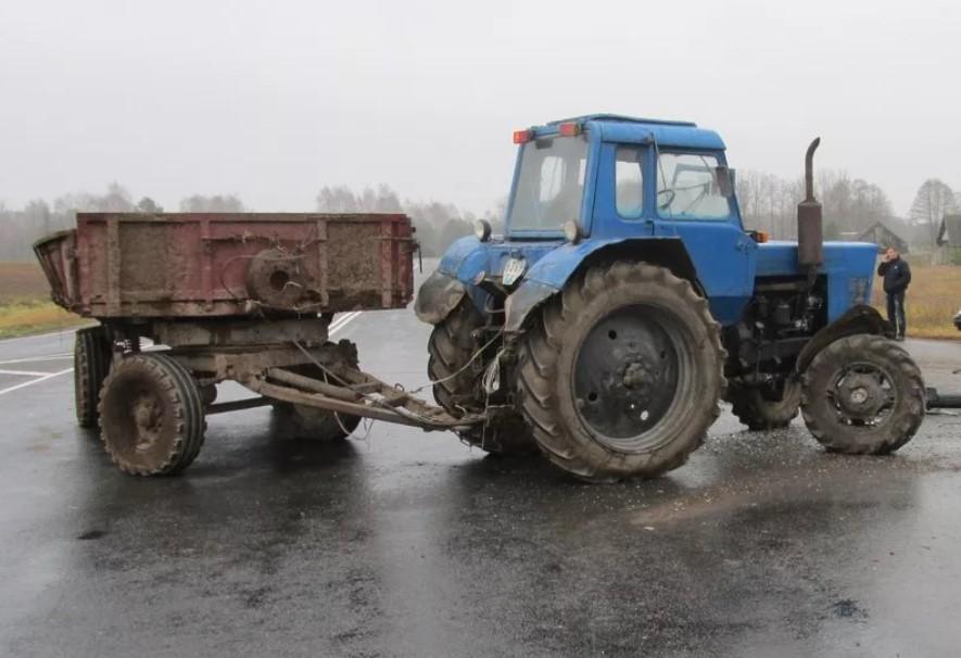 Шымкентте трактор мен жеңіл көлік соқтығысынан 4 адам қаза тапты