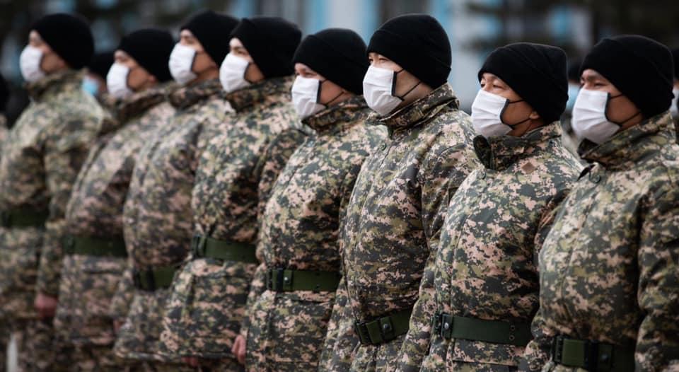Мәулен Әшімбаев: Елге қызмет еткісі келгендер әскери комиссариатқа келіп жатыр