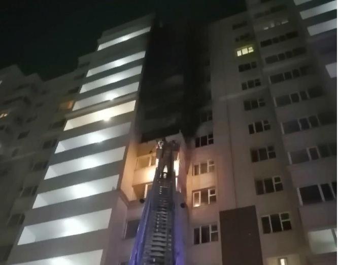 Нұр-Сұлтан қаласындағы «Айсанам» тұрғын үй кешенінде өрт болды (видео)