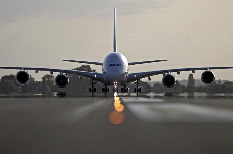 Үкімет азаматтық авиацияны жер салығынан босатты