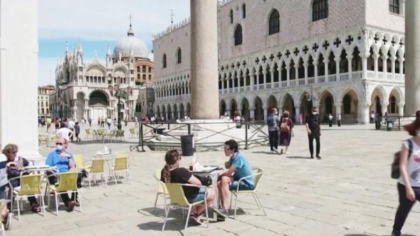 Венеция қайтадан туристер қабылдай бастады