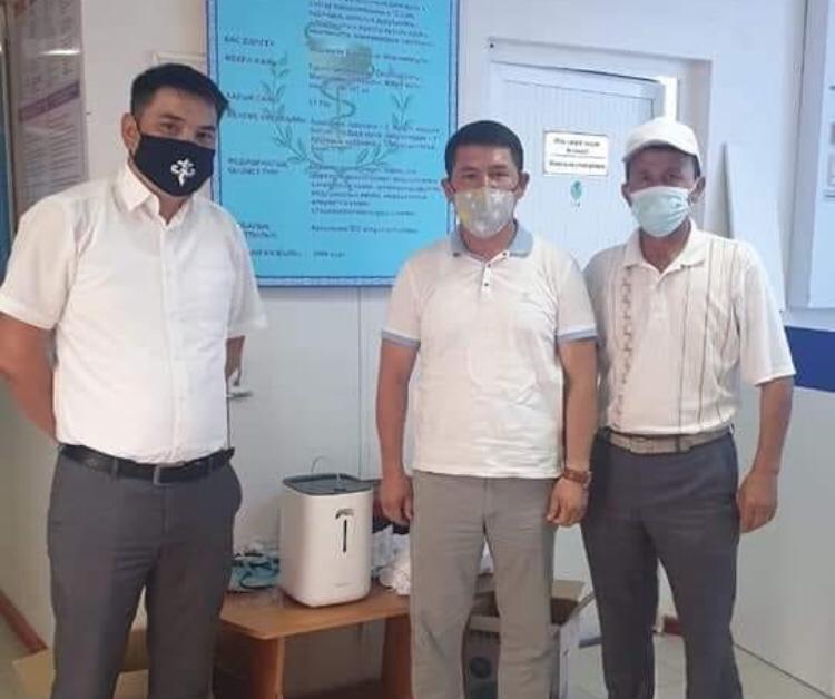 Түркістандық кәсіпкер ауруханаларға жасанды тыныс алу аппараттарын сыйлады