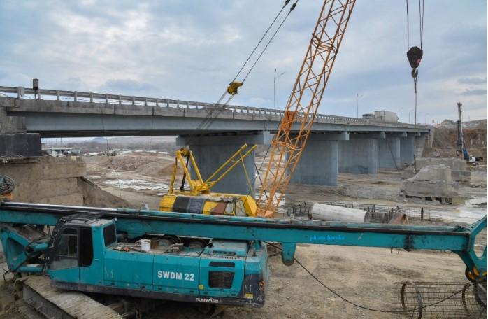 ШЫМКЕНТ: В городе ремонтируют 5 аварийных мостов 