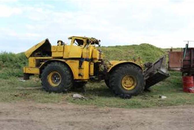 Трактор аударылып, механизатор көз жұмды