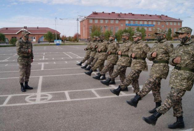 Шымкенттің әскери бөлімі 100-ге жуық cарбазбен толықты
