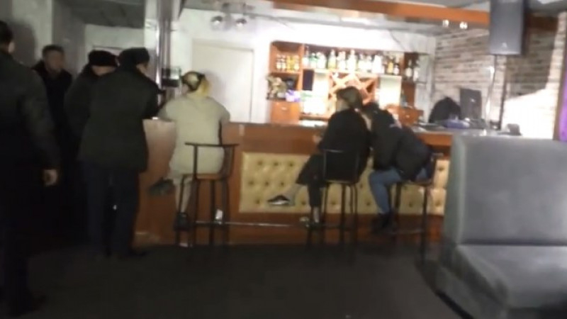 Шымкентте  карантин режимін сақтамаған караоке-клуб анықталды