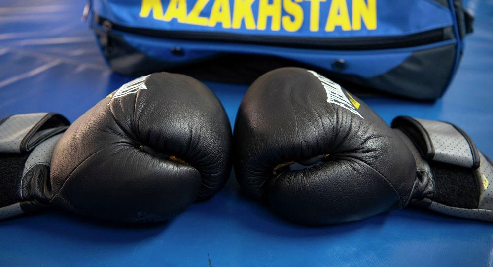 Қазақстандық боксшы мексикалықты бір минутқа жеткізбей нокаутқа жіберді – видео